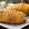 Жаренный сладкий картофель с розмарином и чесноком
